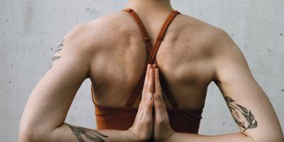 Yoga-para-la-espalda-MakingYoga