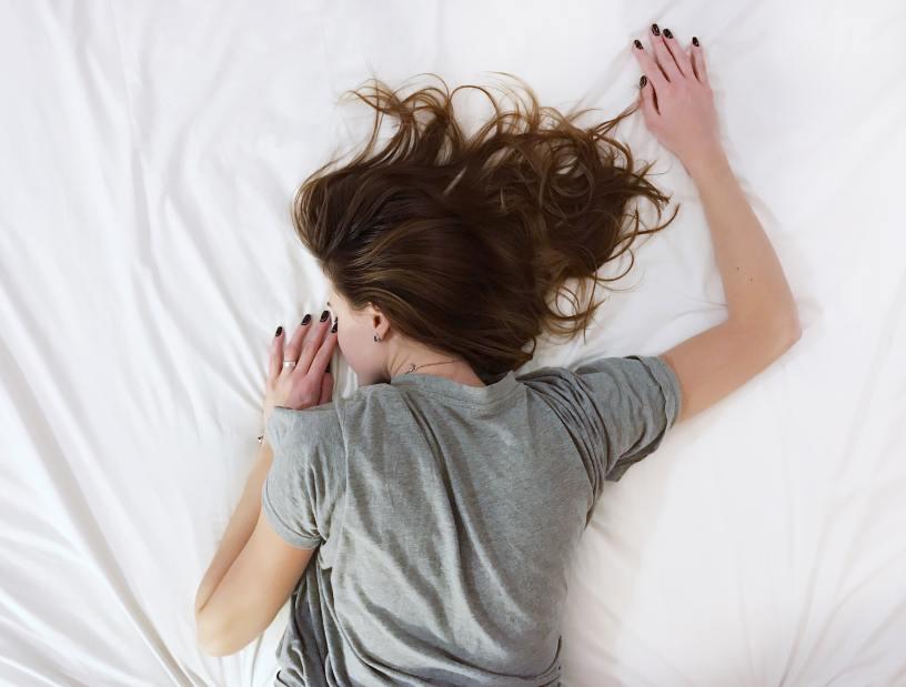 Yoga para dormir bien - makingyoga